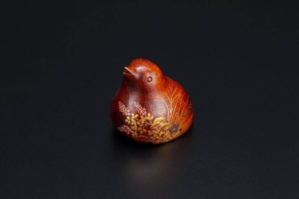 杉材 鶉型香合 秋草蒔絵
